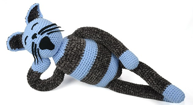 crocheted one of a kind cat 2